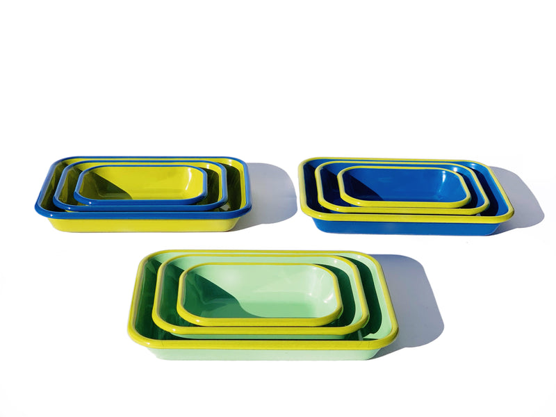 Bornn Enamelware BAKING DISH - mint with chartreuse rim
