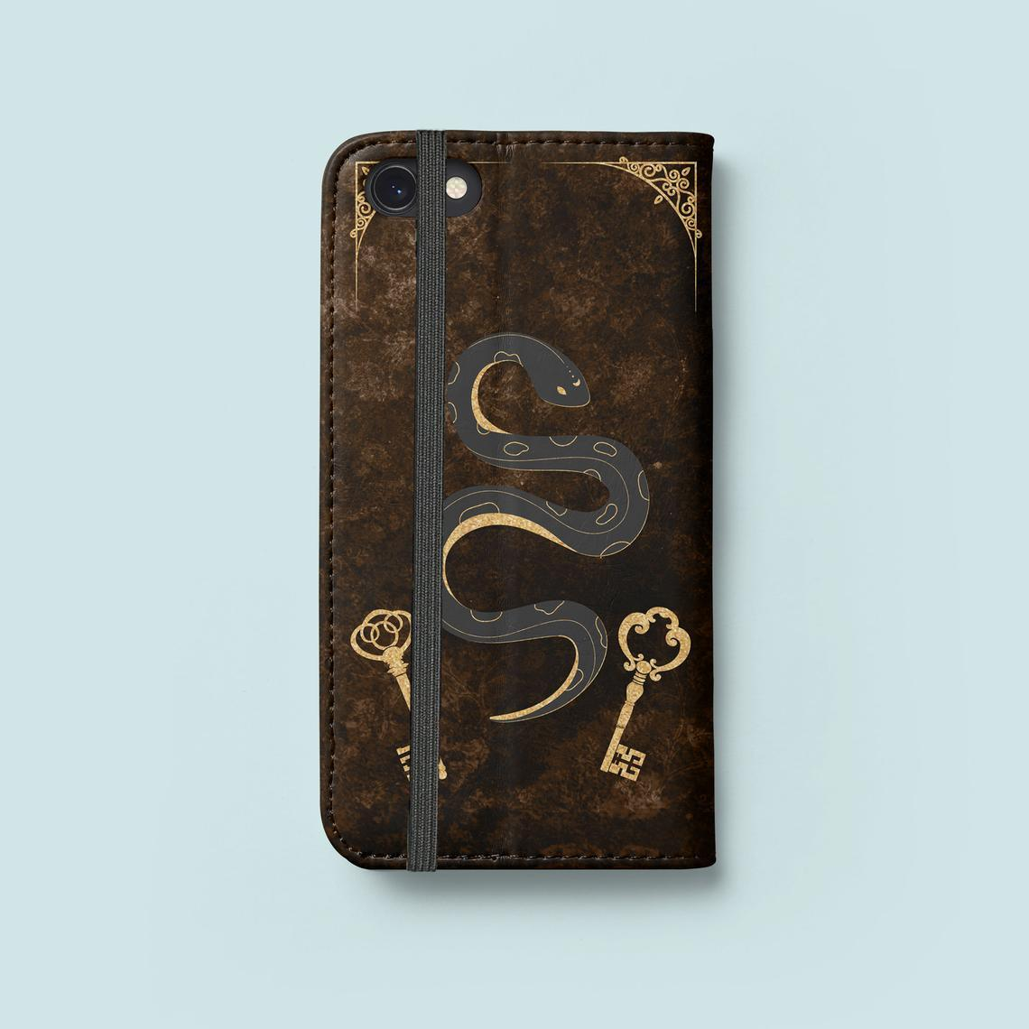 Hekate Strophalos Spell Book Phone Wallet Case