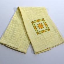 Load image into Gallery viewer, Hand Towel (White, Pale Yellow, Embroidered)