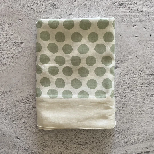 Bright Threads Polka Dot Tablecloth - Green Gum