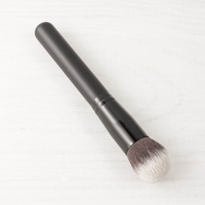 Air Focus Foundation Brush