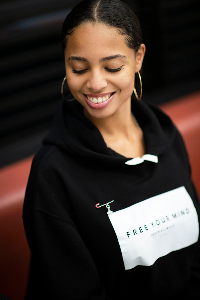 FREE YOUR MIND HOODIE BLK