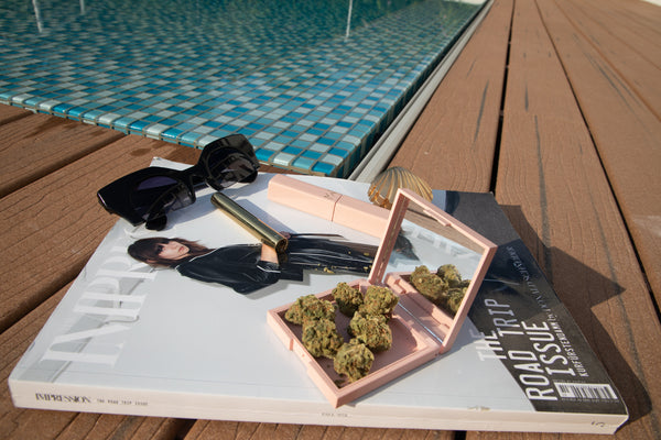Weed Accessories Kit from MISSWEED