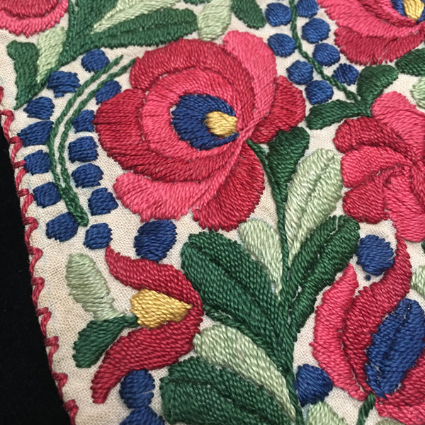 Antique Hungarian Embroidered Purse Bag Pocket.