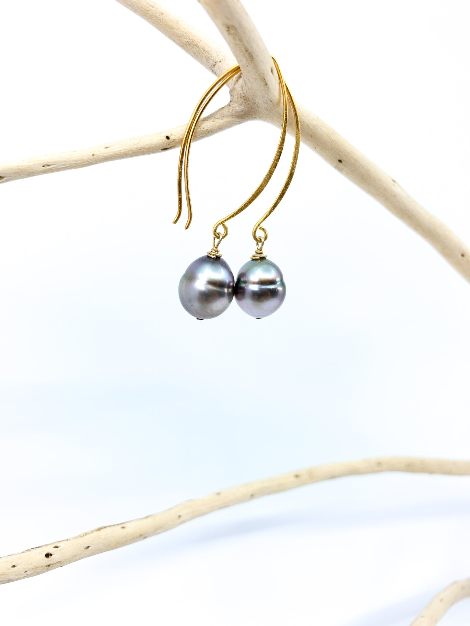 Tahitian pearl long hook mat gold earrings by eve black jewelry made in Hawaii