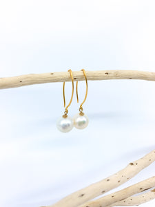 white pearl earrings short gold hook by eve black jewelry made in Hawaii