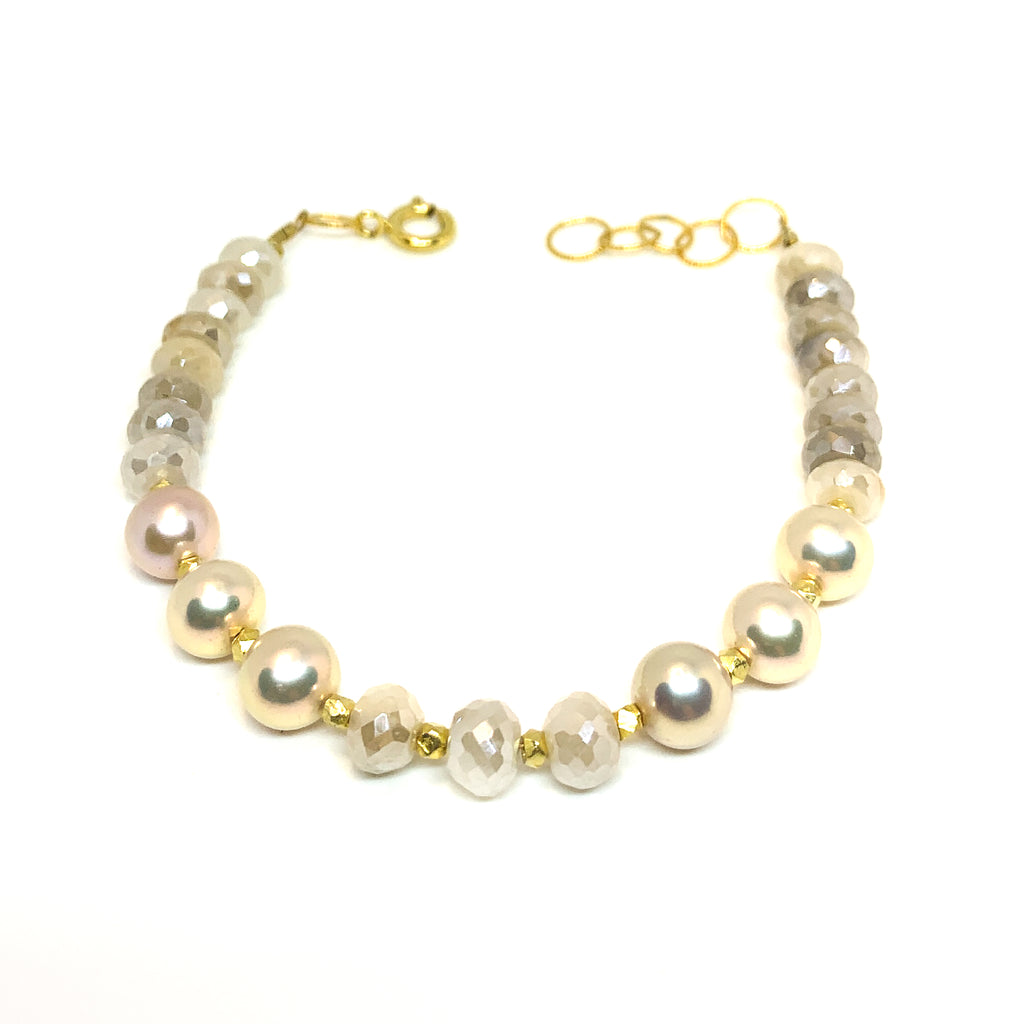 moonstone and natural pink pearls bracelet by eve black jewelry , Hawaii