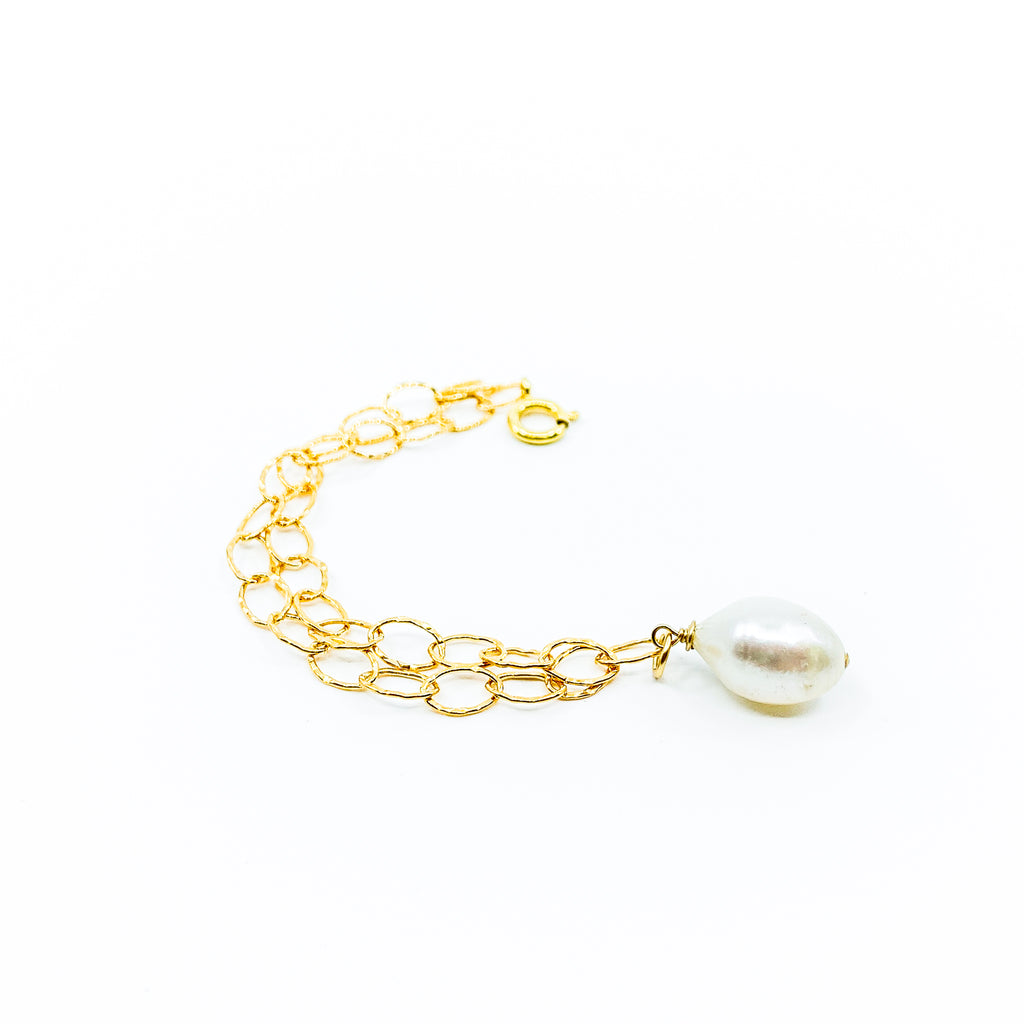 hammered gold chain white pearl charm bracelet by eve black jewelry made in Hawaii