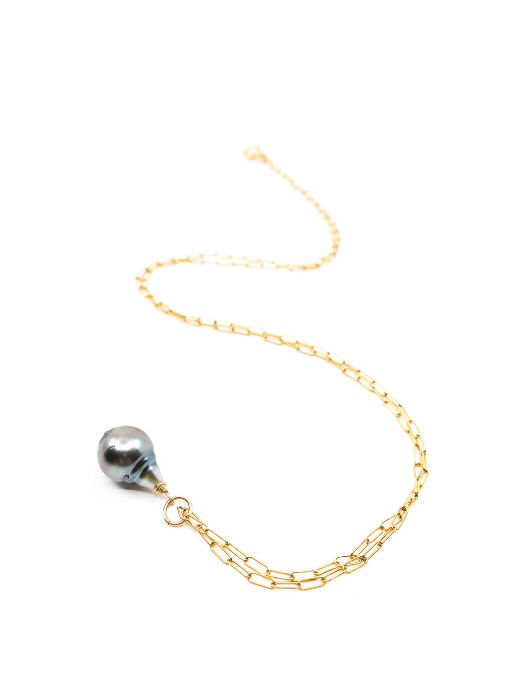 simple tahitian pearl gold necklace by eve black jewelry made in Hawaii