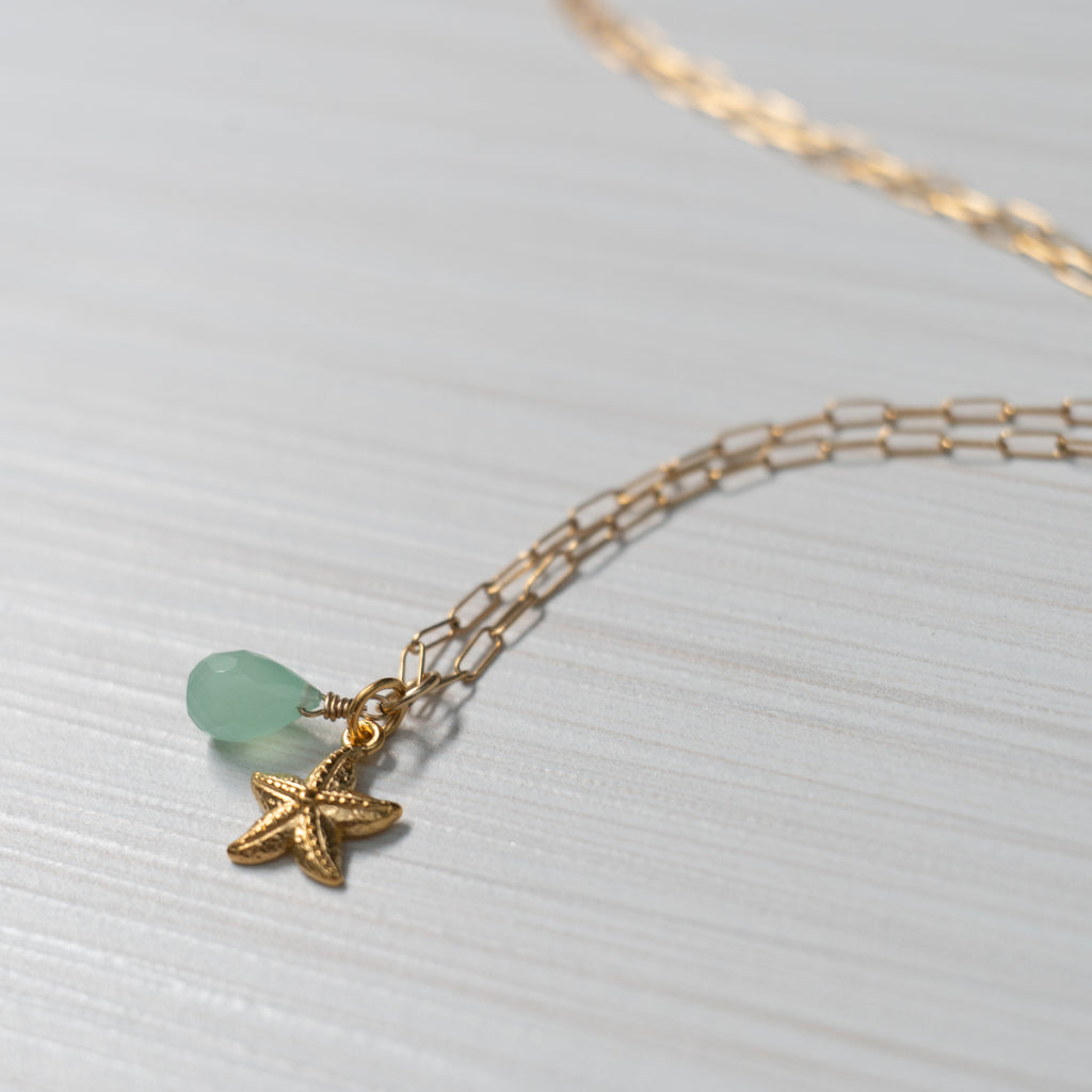 gold starfish charm necklace handmade in Hawaii by eve black jewelry