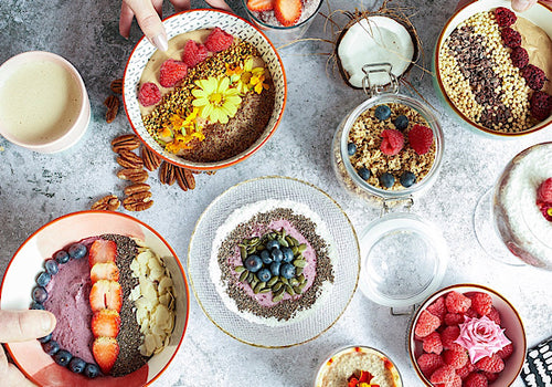 smoothie bowls a low carb keto breakfast.