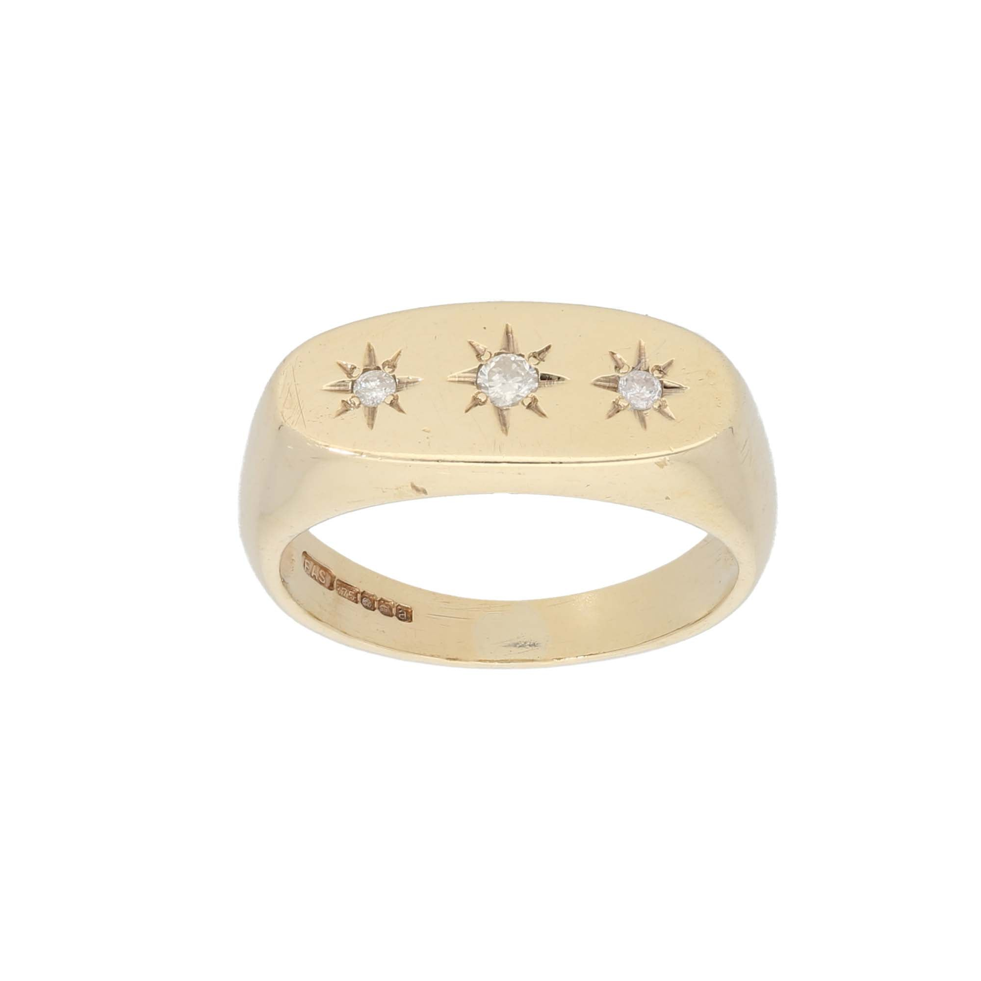 9ct Gold 0.02ct Round Cut Diamond & 0.05ct Round Cut Diamond Ladies Three Stone Ring Size U