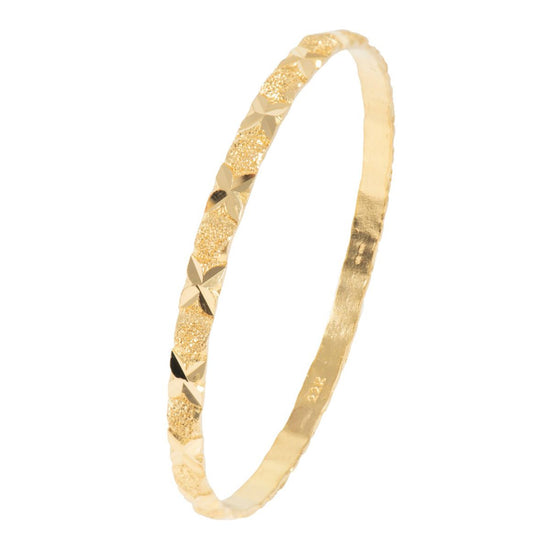 22ct Yellow Gold Decorative Ladies Bangle (20cm)