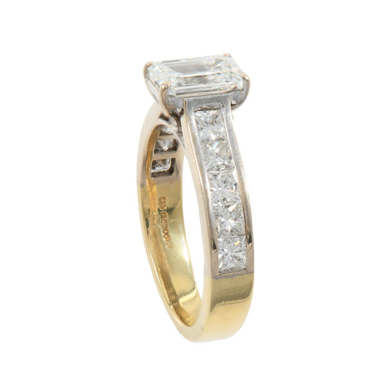 18ct Yellow Gold 4.01ct Diamond Accent Solitaire ladies Ring Size T