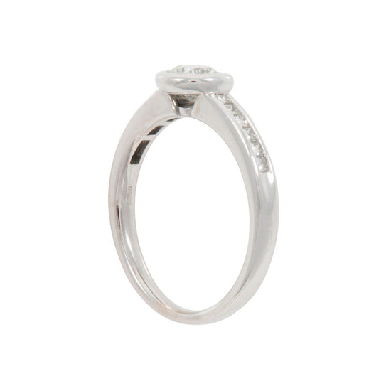18ct White Gold 0.60ct Diamond Accent Solitaire Ring Ladies Size R