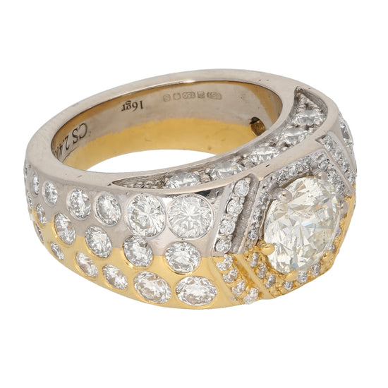 18ct Bicolour Gold 2.28ct Round Cut Diamond & 0.15ct Round Cut Diamond & 0.10ct Round Cut Diamond & 0.05ct Round Cut Diamond & 0.01ct Round Cut Diamond Ladies Cluster Ring Size S