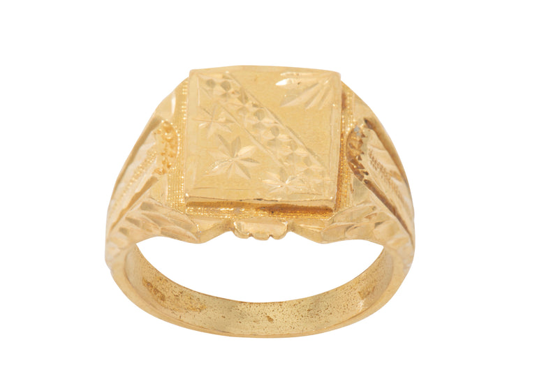 22ct Yellow Gold Mens Patterned Signet Ring Size R