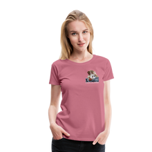 Lade das Bild in den Galerie-Viewer, Damen Premium T-Shirt, Bacon pfeift - Malve