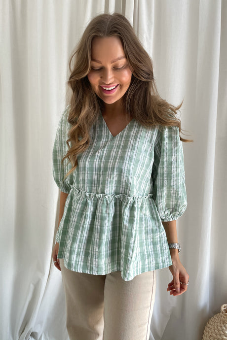 Michalla Short Sleeved Blouse - Fair Green