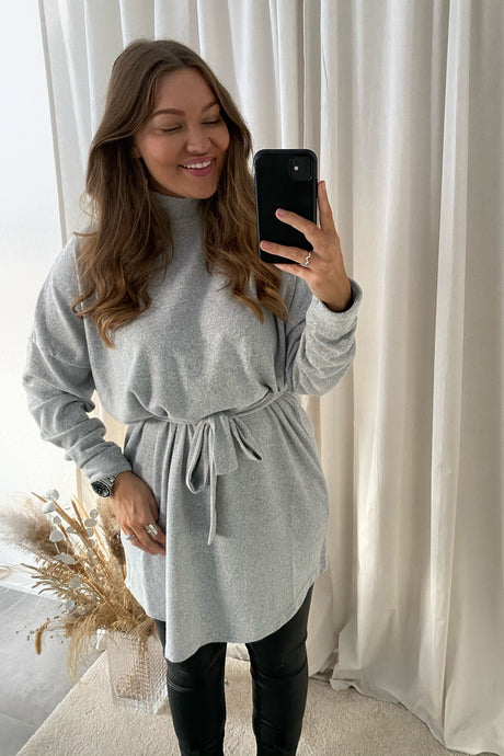 City Ava L/S Short Dress - Light Grey