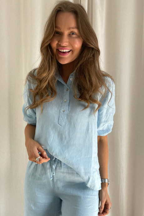 Lunima Short Sleeved Blouse - Light Blue