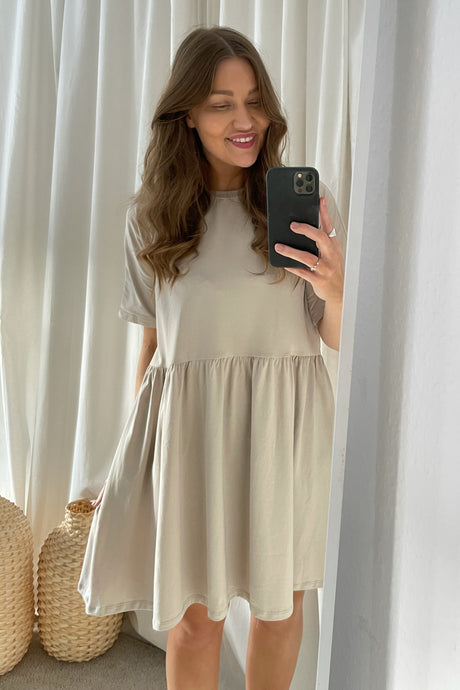 Kerry Dress (Preorder del. week 18) - Gray
