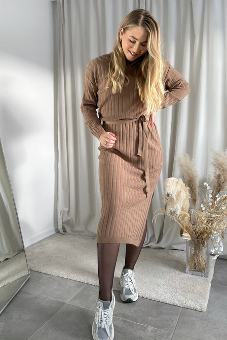 Dress Tessa L/S (Preorder del. week 10) - Toasted Coconut