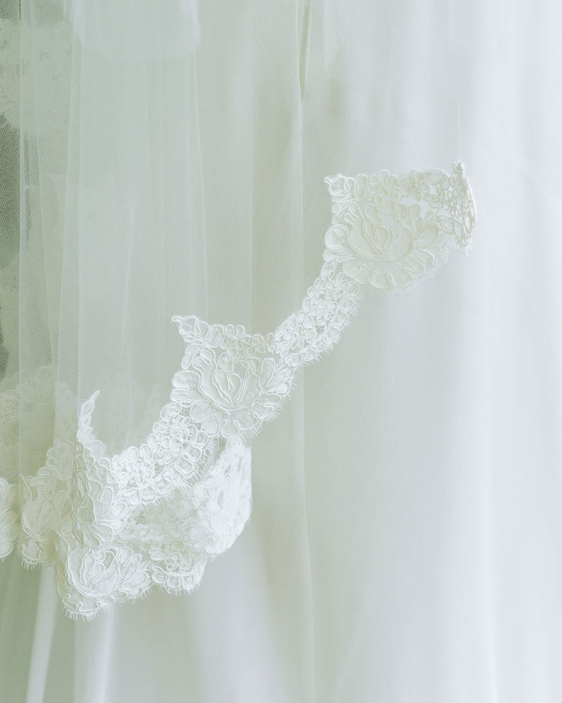 closeup details of Alencon Lace edge on the Azalea bridal veil