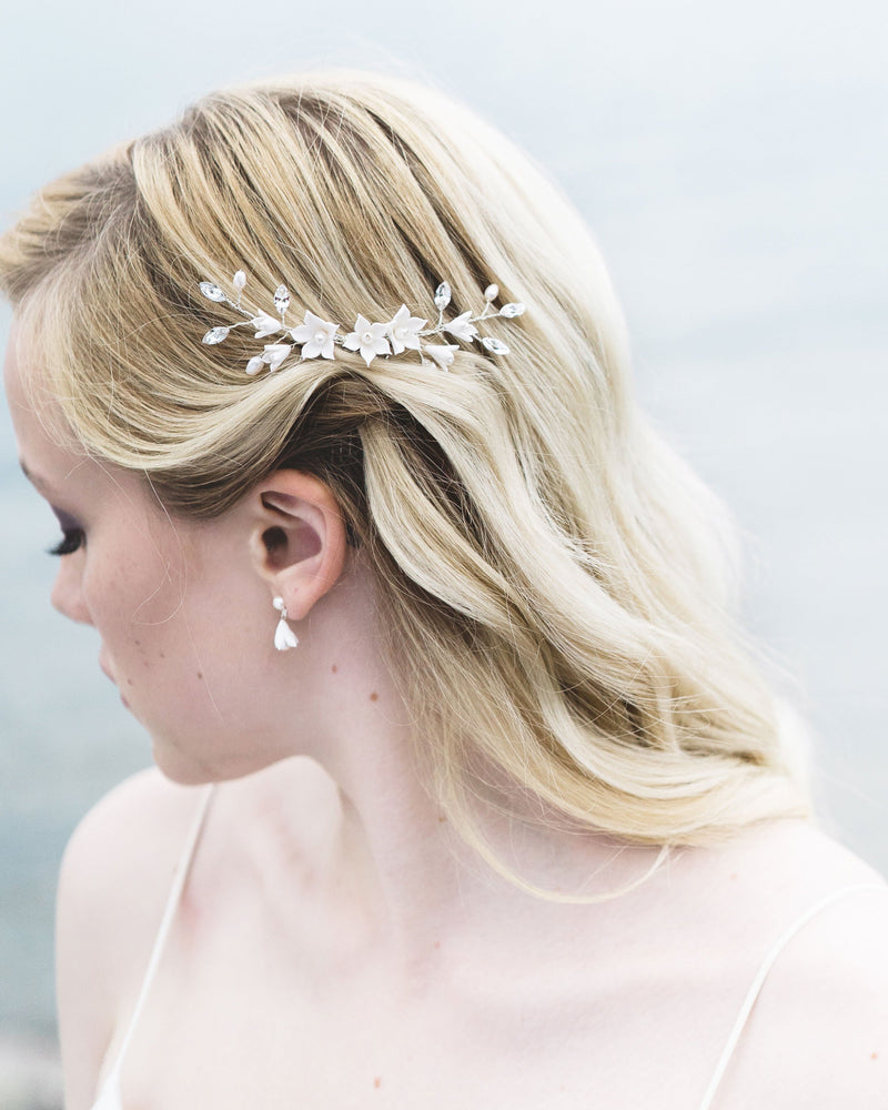 Model wearing belle fleur swarovski crystals and fresh water pearl hair comb
