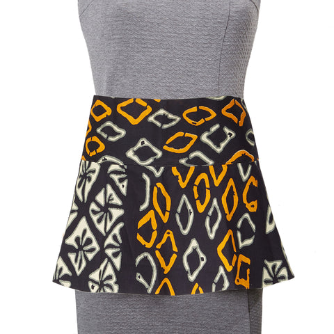 Osu Peplum Reversible Belt in Black Tangerine