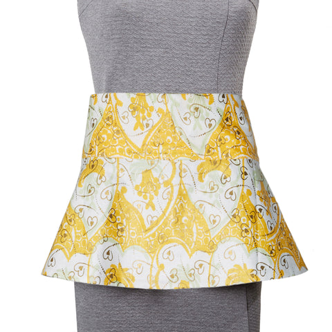 Osu Peplum Reversible Belt in Yellow Hearts