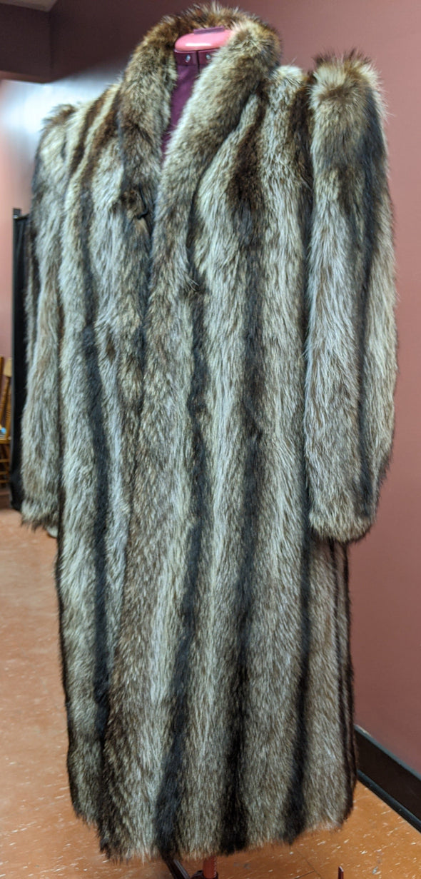 Myers Epstein Raccoon Fur Coat, (M/L)