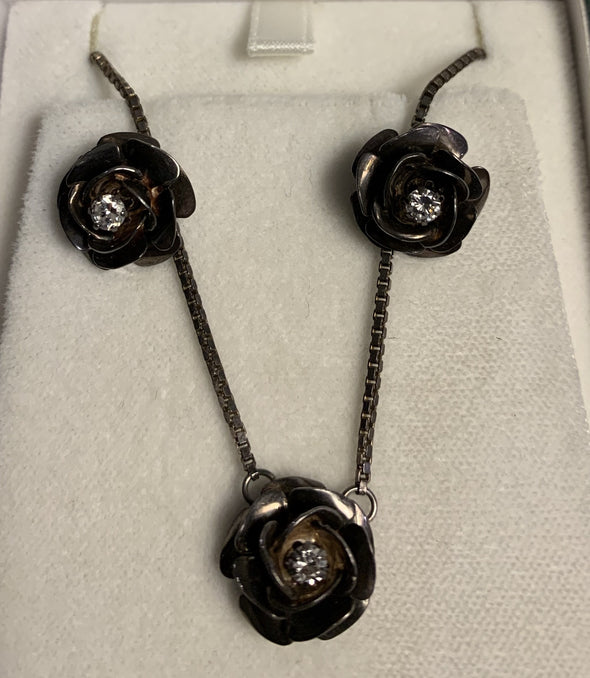 Silver Flower Pendant with pierced earrings