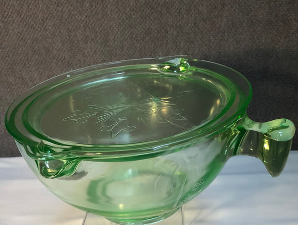 Vintage Mixing bowl with lid
