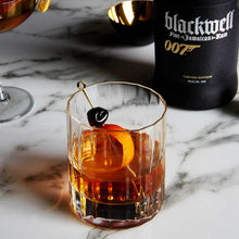 Lade das Bild in den Galerie-Viewer, Blackwell Rum Limited Edition 007 | 700ml 40%