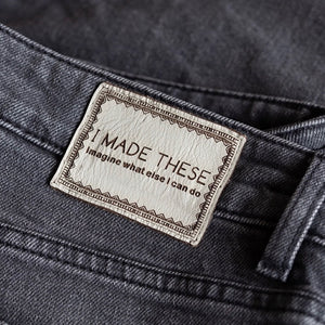 'I MADE THESE' - Pack of 2 Leather Jeans Labels - Grey