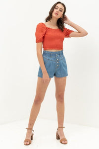 Highwaisted Denim Retro Shorts in medium blue wash backside