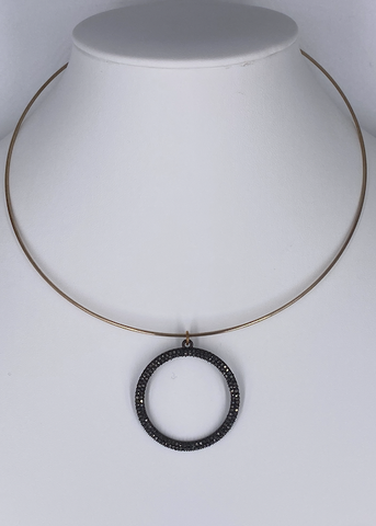 Wire Choker with Pendant