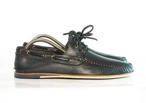 Gingers for Gentlemen CLOVELLY  Navy leather deck shoe, made in Portugal.