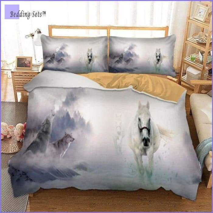 Horse & Wolves Bedding Set