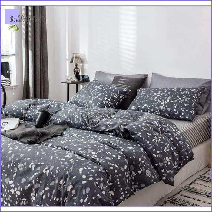 Modern-Bedding Set - Black Granit