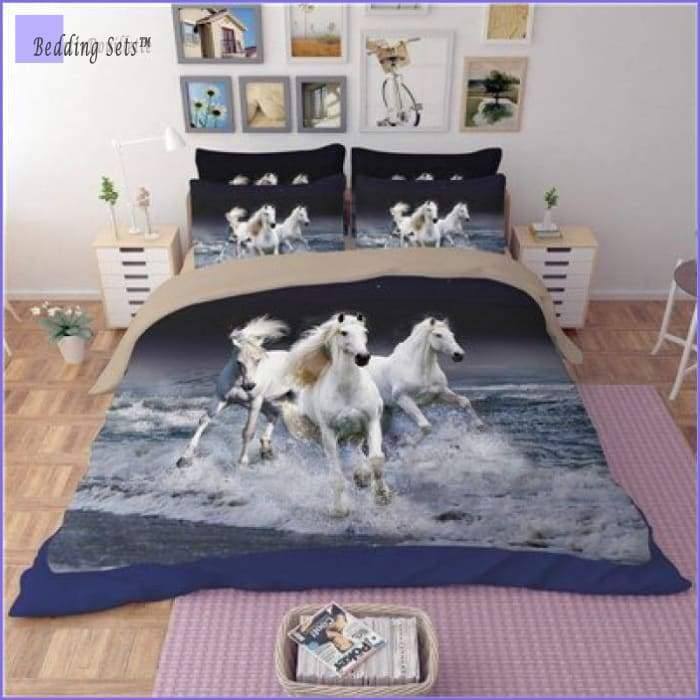 Pretty Horses Bedding Set
