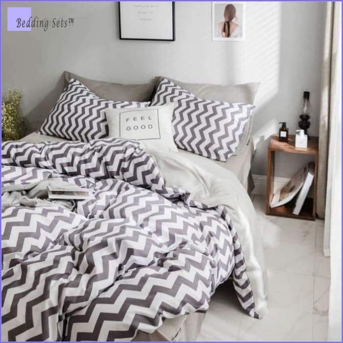 Scandinavian Bedding - Purple Tendency