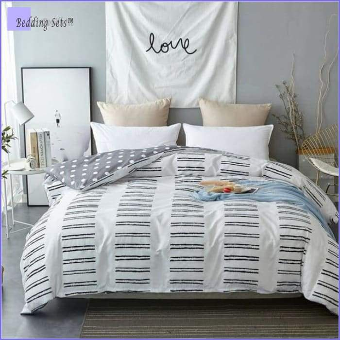 Scandinavian Bedding - White pattern