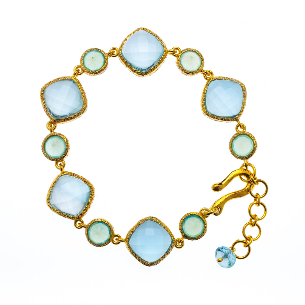 Bracelet of Blue Topaz and Chalcedony in 24kt gold vermeil B003-BT