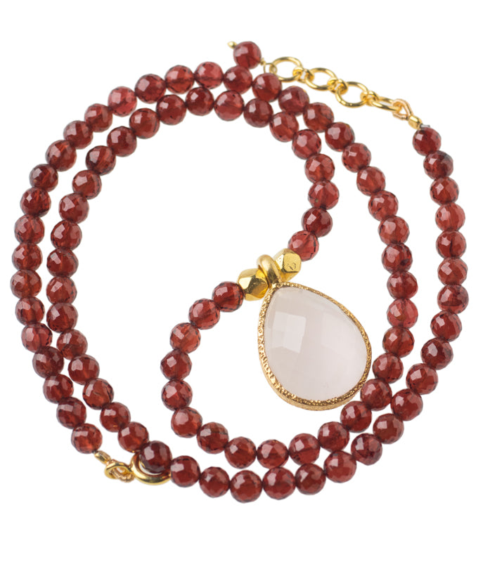 Red Garnet Gemstone Necklace with Rose Quartz Pendant in 24kt gold vermeil NF002-GRQ