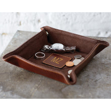 Load image into Gallery viewer, Classico Leather Snap Tray
