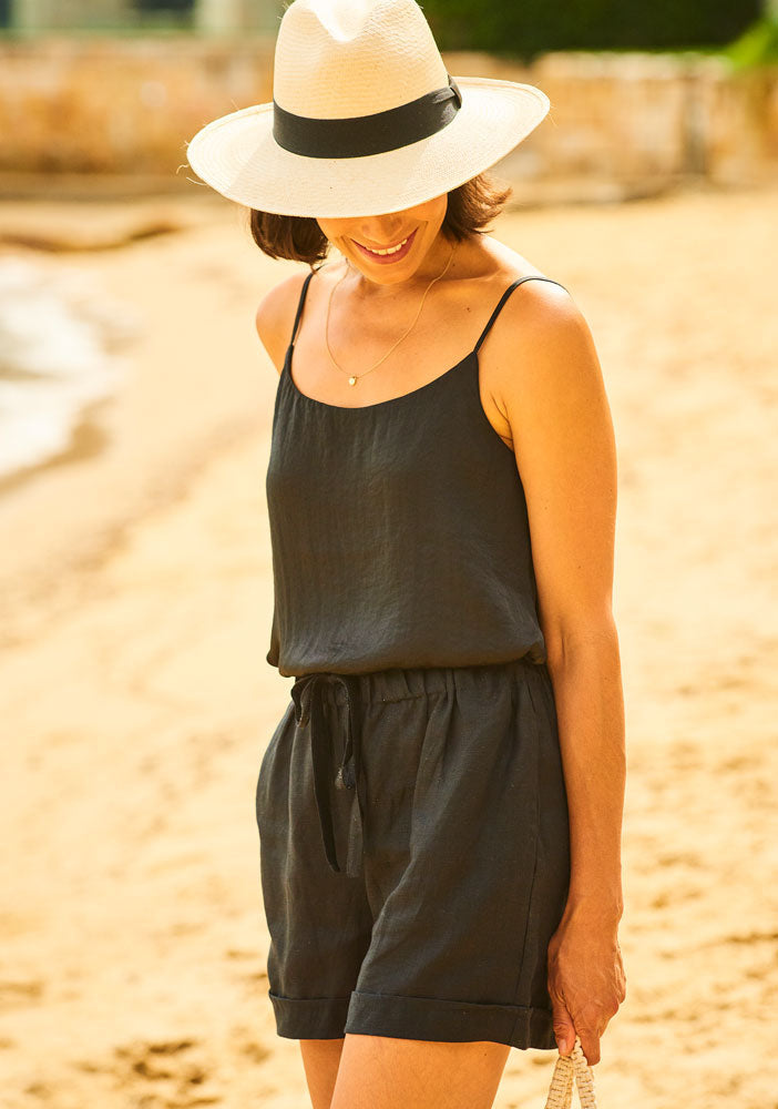 Amalfi Pure Linen Shorts Black