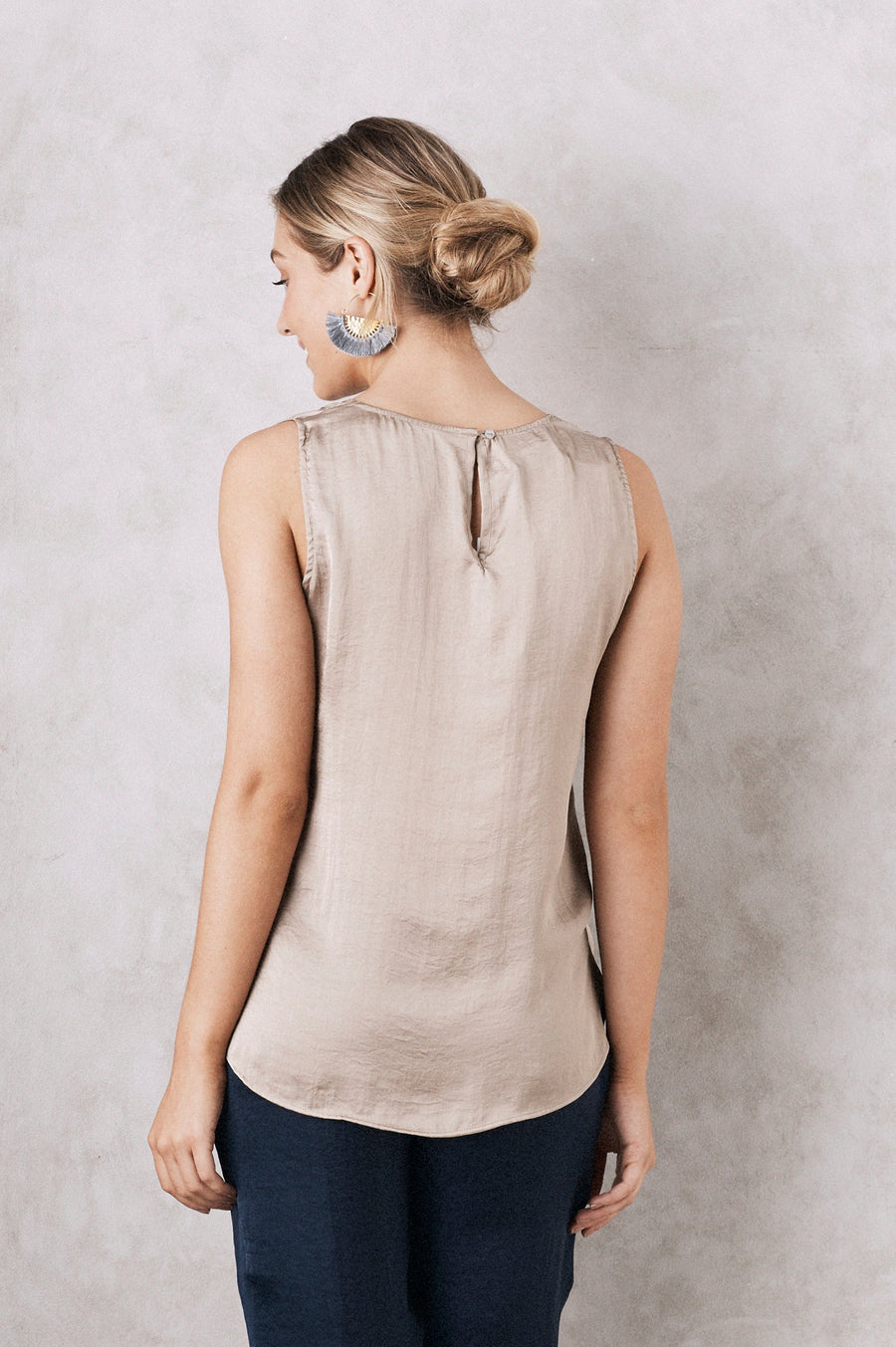Chloe Top Almond