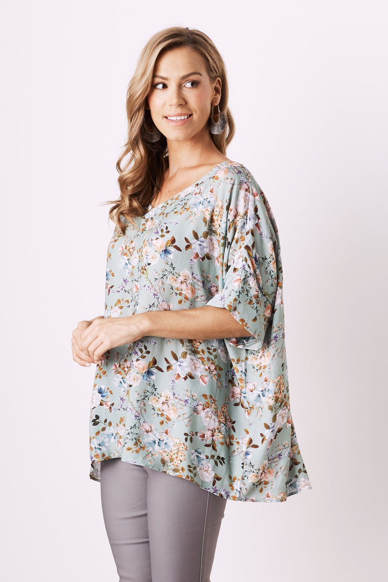 Hazel Short Sleeve Top with V Neck